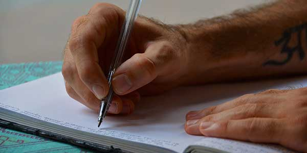 How to write strong Essays for MBA applications